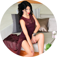 Vivid and passionate brunette from Manhattan offers upscale escort service.